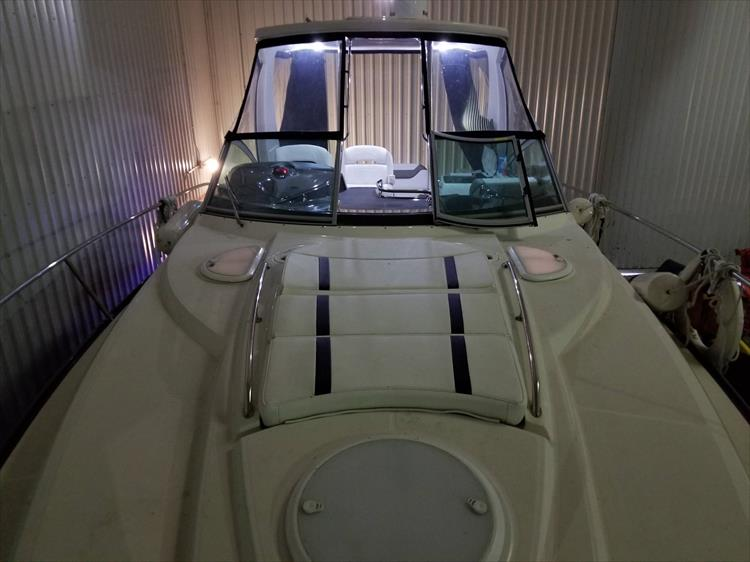 Photo 46 of 52 - 2014 Monterey 340 Sport Yacht for sale