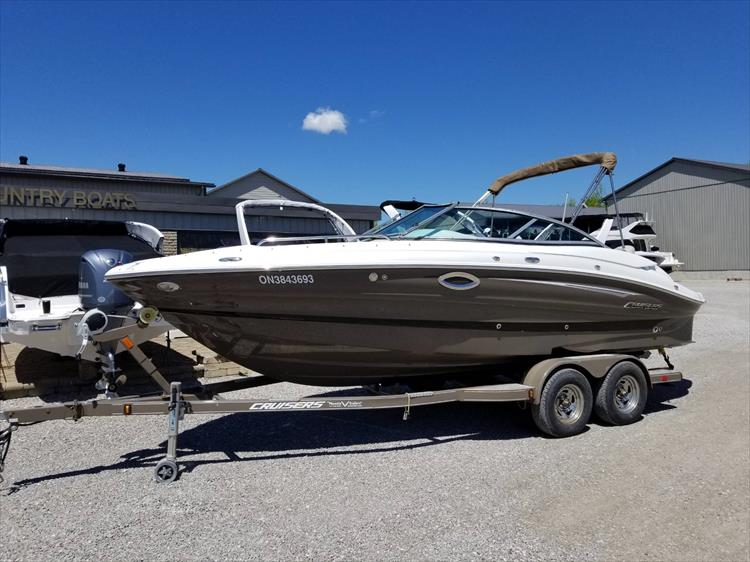 Cruisers Yachts For Sale - Crate's Lake Country Boats - New
