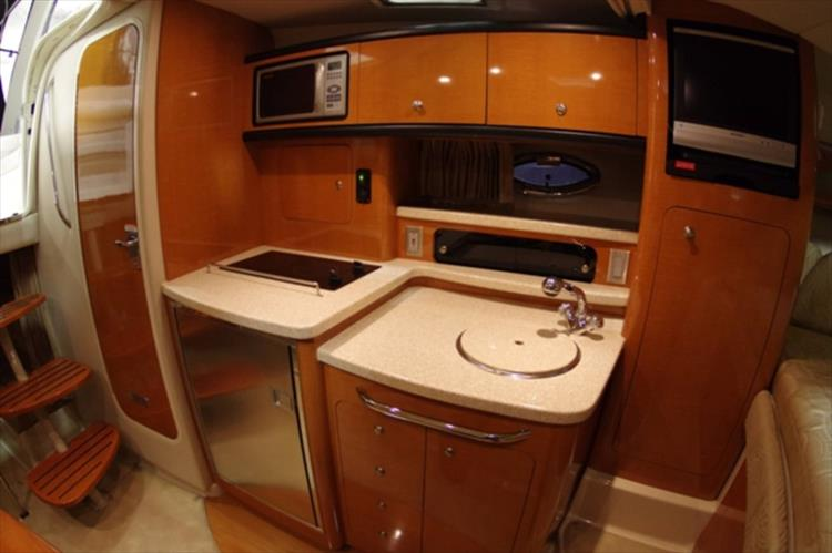 Photo 13 of 56 - 2007 Chaparral 310 Signature for sale