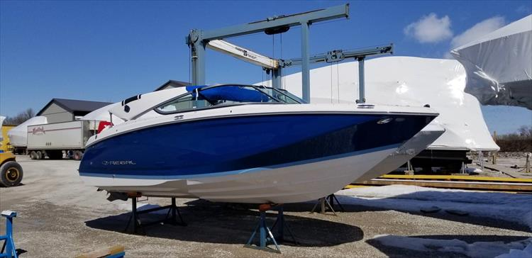 Photo 1 of 10 - 2019 Regal 22 Fasdeck for sale