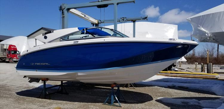 Photo 2 of 10 - 2019 Regal 22 Fasdeck for sale