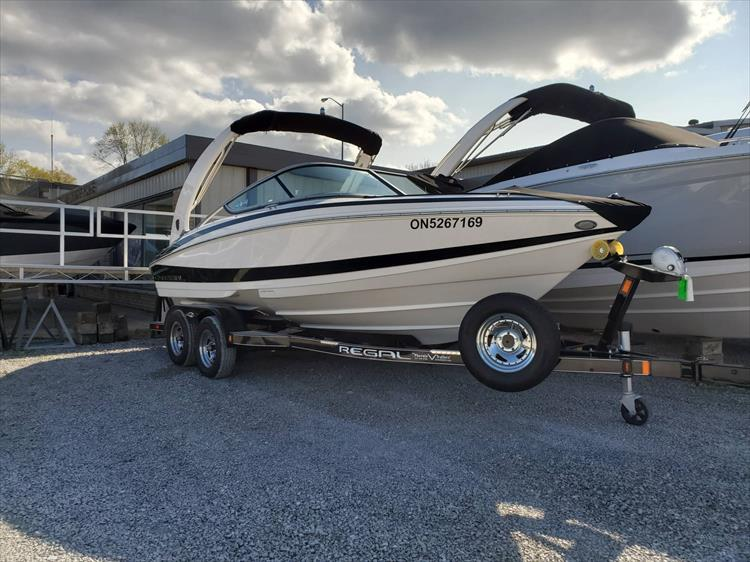 Photo 1 of 51 - 2015 Regal 2100 for sale