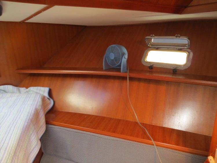 Photo 82 of 114 - 1988 Kha Shing Over Seas 40 Sundeck for sale