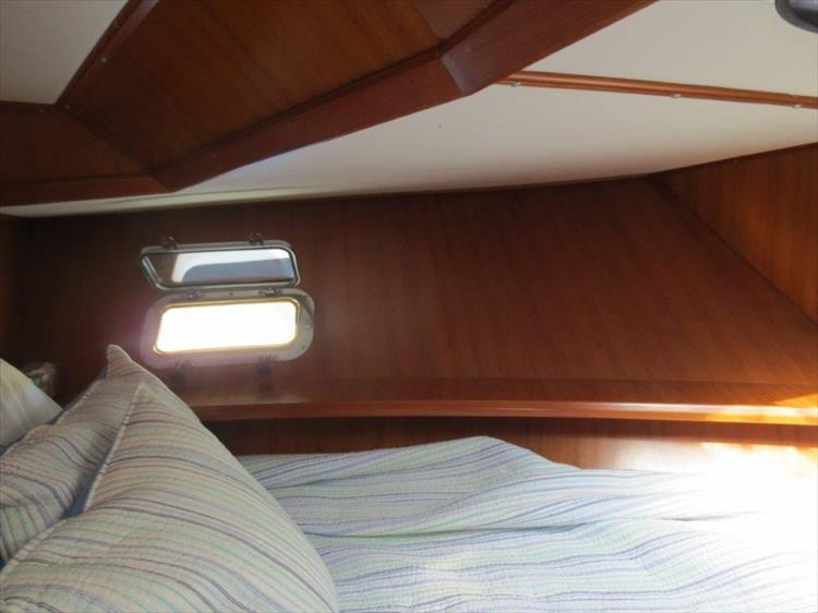 Photo 83 of 114 - 1988 Kha Shing Over Seas 40 Sundeck for sale
