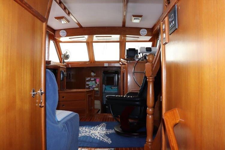 Photo 93 of 114 - 1988 Kha Shing Over Seas 40 Sundeck for sale