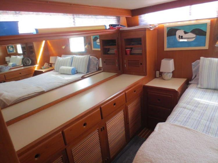 Photo 96 of 114 - 1988 Kha Shing Over Seas 40 Sundeck for sale