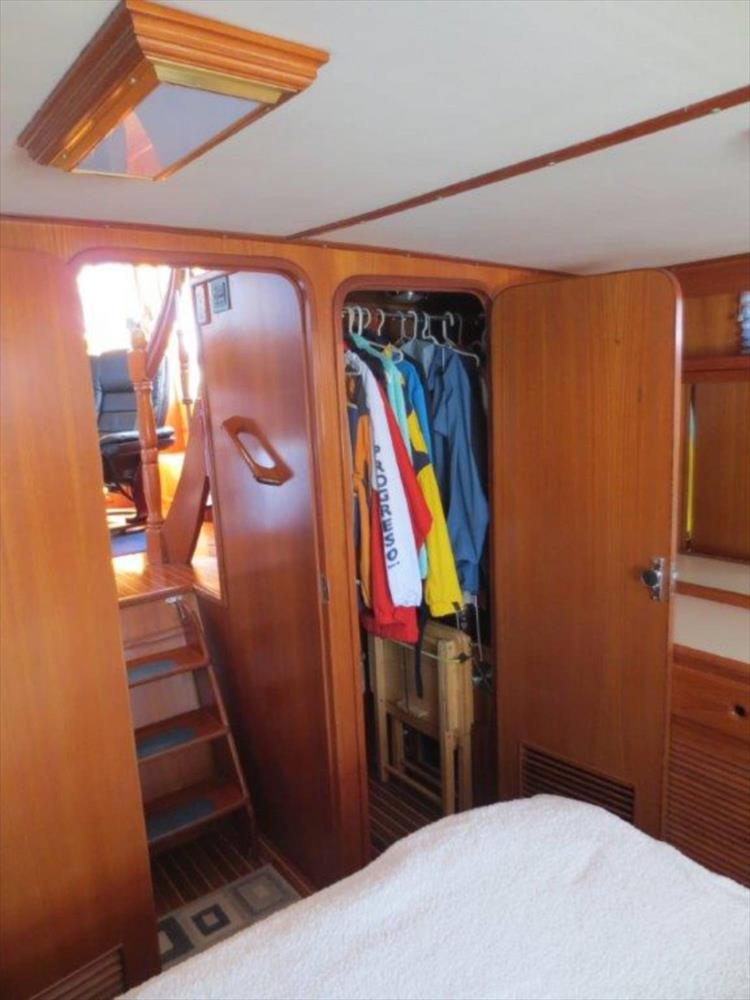 Photo 100 of 114 - 1988 Kha Shing Over Seas 40 Sundeck for sale