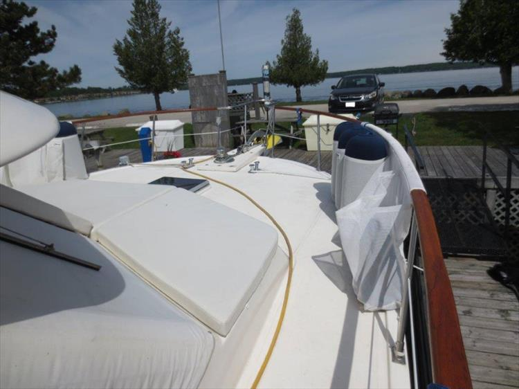 Photo 12 of 114 - 1988 Kha Shing Over Seas 40 Sundeck for sale