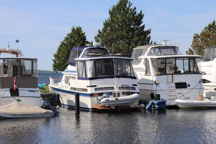 Photo 19 of 114 - 1988 Kha Shing Over Seas 40 Sundeck for sale
