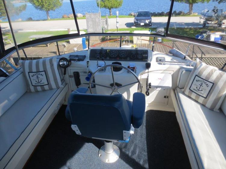 Photo 21 of 114 - 1988 Kha Shing Over Seas 40 Sundeck for sale