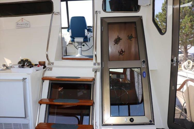 Photo 36 of 114 - 1988 Kha Shing Over Seas 40 Sundeck for sale