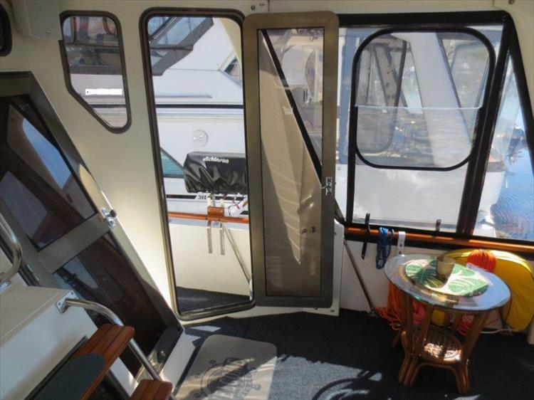 Photo 41 of 114 - 1988 Kha Shing Over Seas 40 Sundeck for sale