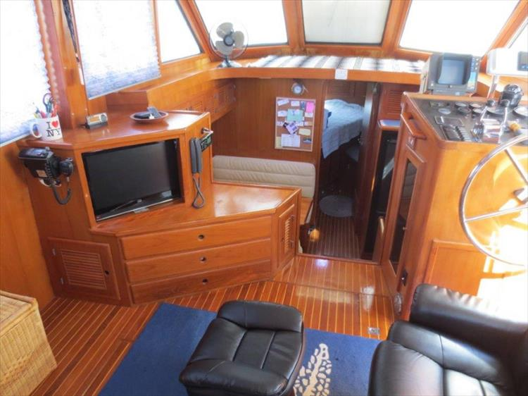 Photo 50 of 114 - 1988 Kha Shing Over Seas 40 Sundeck for sale