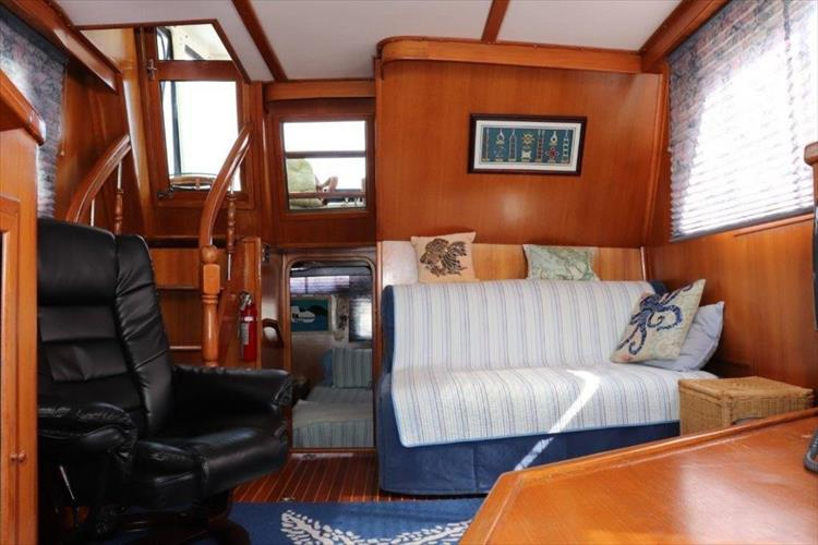 Photo 54 of 114 - 1988 Kha Shing Over Seas 40 Sundeck for sale