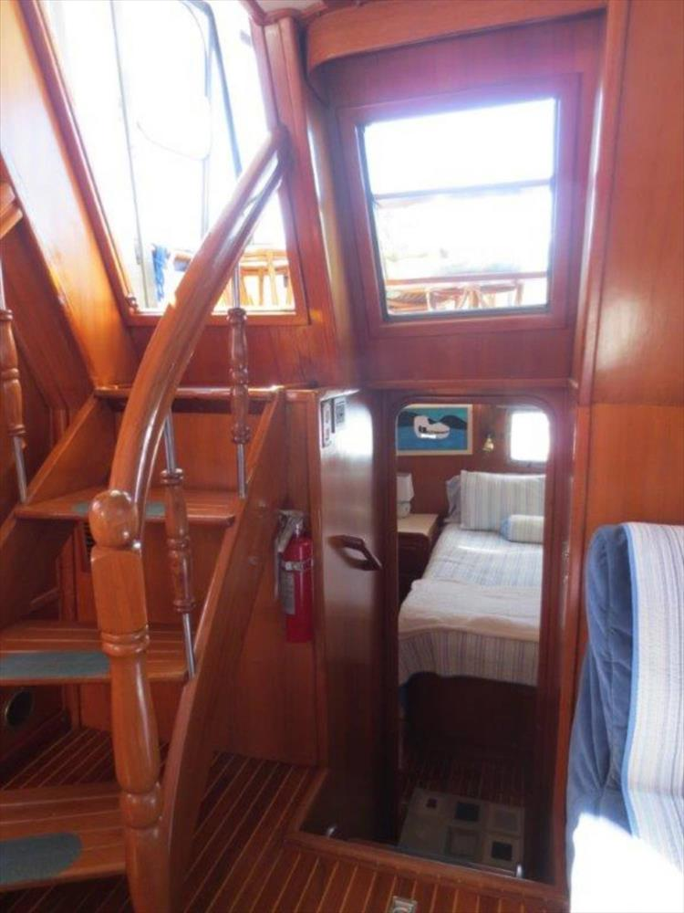Photo 57 of 114 - 1988 Kha Shing Over Seas 40 Sundeck for sale