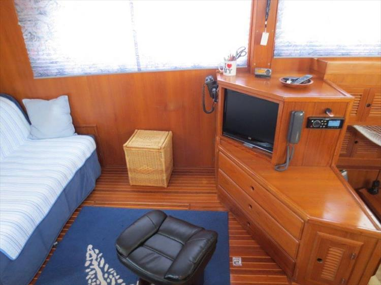 Photo 59 of 114 - 1988 Kha Shing Over Seas 40 Sundeck for sale