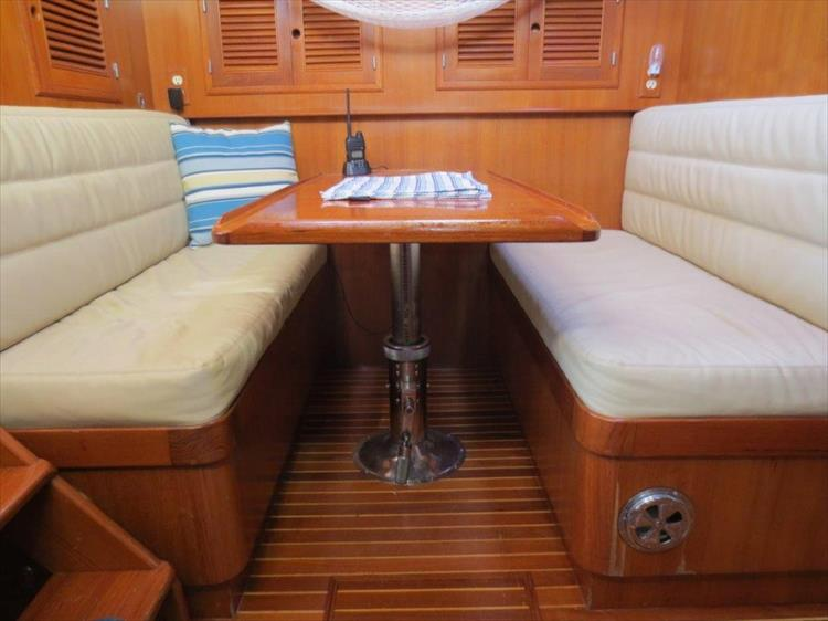 Photo 72 of 114 - 1988 Kha Shing Over Seas 40 Sundeck for sale