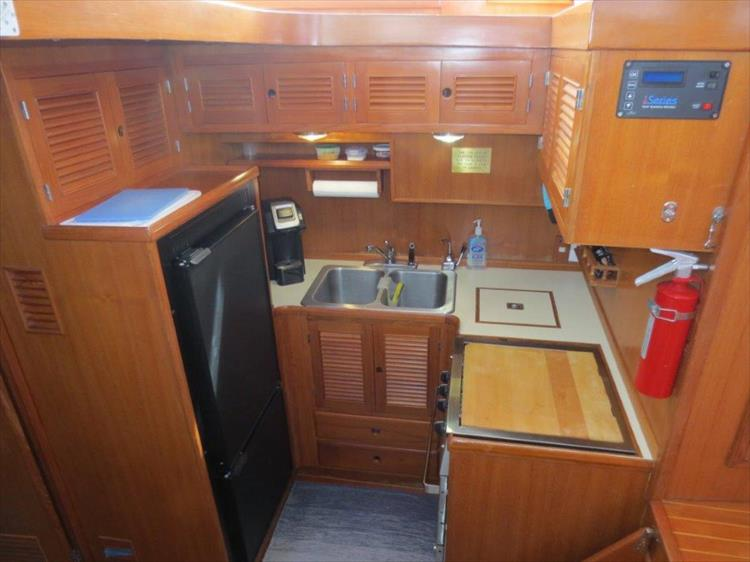 Photo 75 of 114 - 1988 Kha Shing Over Seas 40 Sundeck for sale