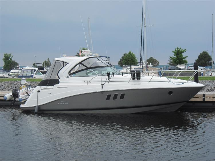 Photo 1 of 42 - 2011 Rinker 360 Hardtop Express for sale