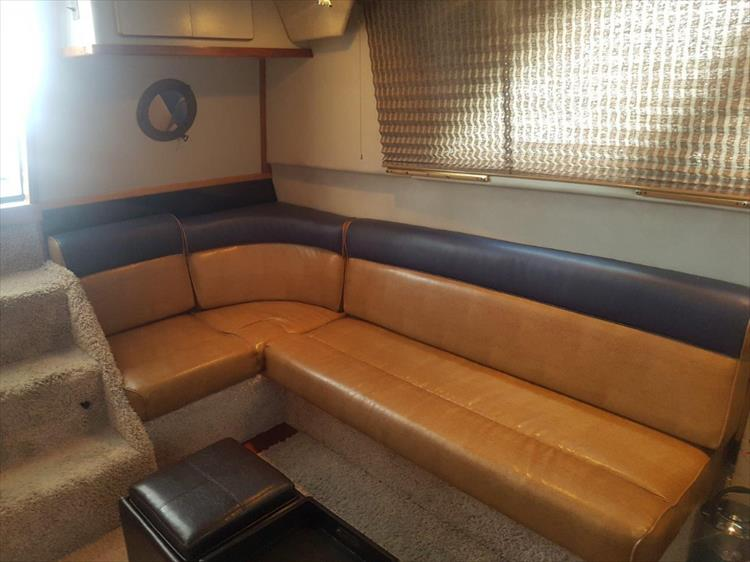 Refinished salon seeting - Photo 26 of 42 - 1991 Sea Ray 380 Aft Cabin (Diesel) for sale