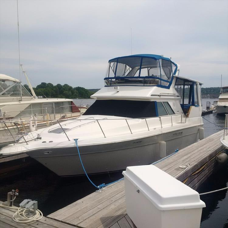 Big Boat! New Canvas - Photo 6 of 42 - 1991 Sea Ray 380 Aft Cabin (Diesel) for sale