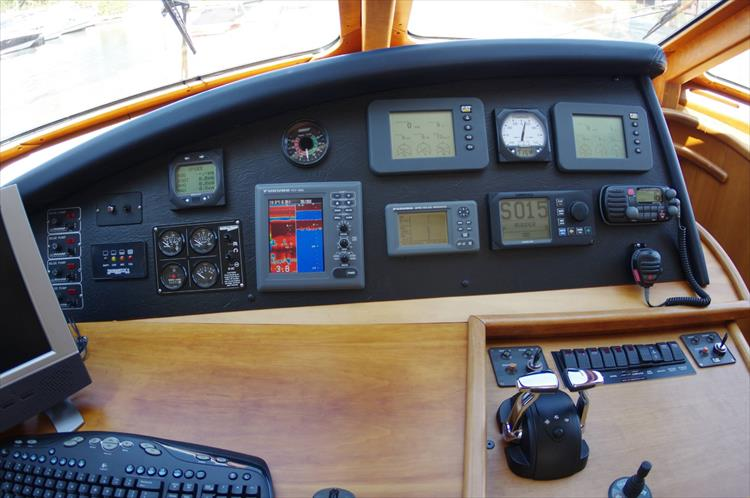 Photo 84 of 95 - 2003 Dover Craft 42 Pilot House for sale