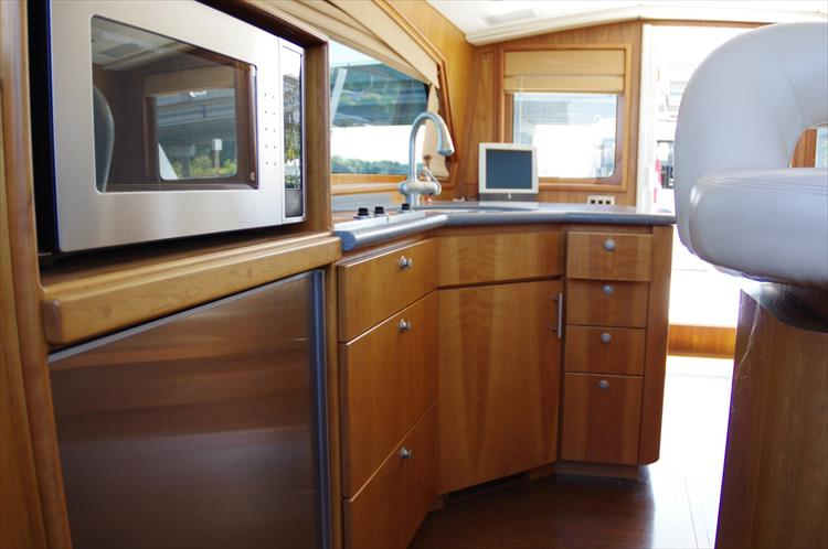 Photo 88 of 95 - 2003 Dover Craft 42 Pilot House for sale