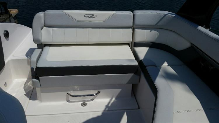 Photo 9 of 23 - 2012 Regal 24 Fasdeck RX for sale