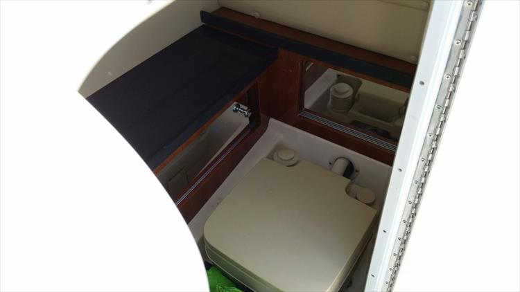 Photo 17 of 23 - 2012 Regal 24 Fasdeck RX for sale