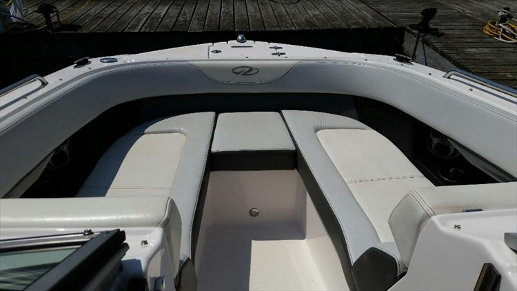 Photo 5 of 23 - 2012 Regal 24 Fasdeck RX for sale