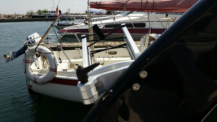 Photo 22 of 23 - 2012 Regal 24 Fasdeck RX for sale