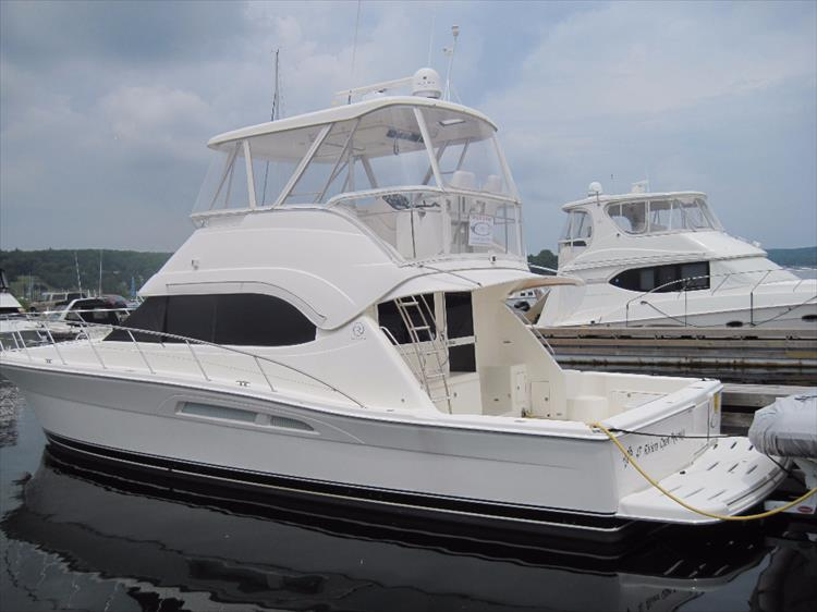 Photo 1 of 26 - 2008 Riviera 47 Open Flybridge Series II for sale