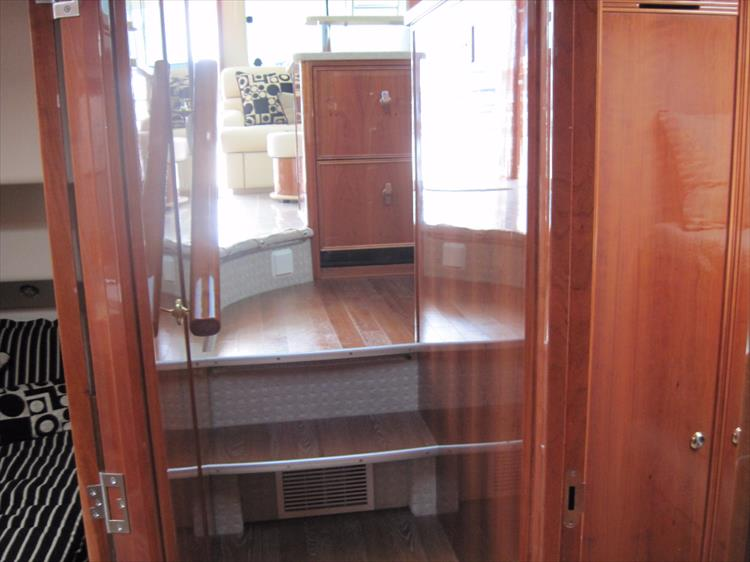 Photo 26 of 26 - 2008 Riviera 47 Open Flybridge Series II for sale