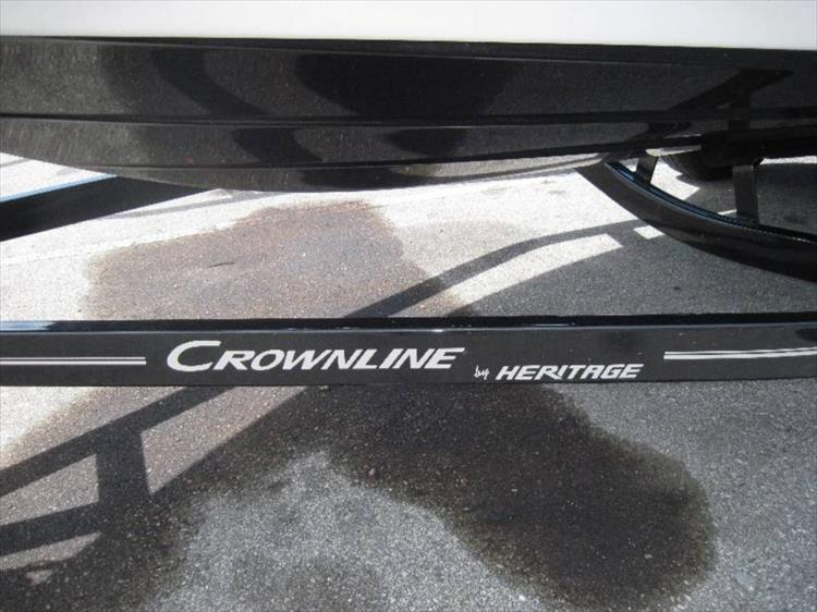Photo 11 of 12 - 2012 Crownline 21 SS for sale