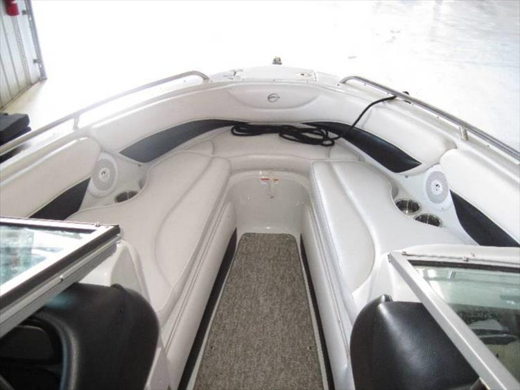 Photo 6 of 12 - 2012 Crownline 21 SS for sale