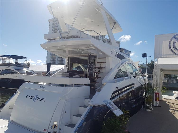 Photo 2 of 62 - 2019 Cruisers Yachts 60 Cantius FLY for sale