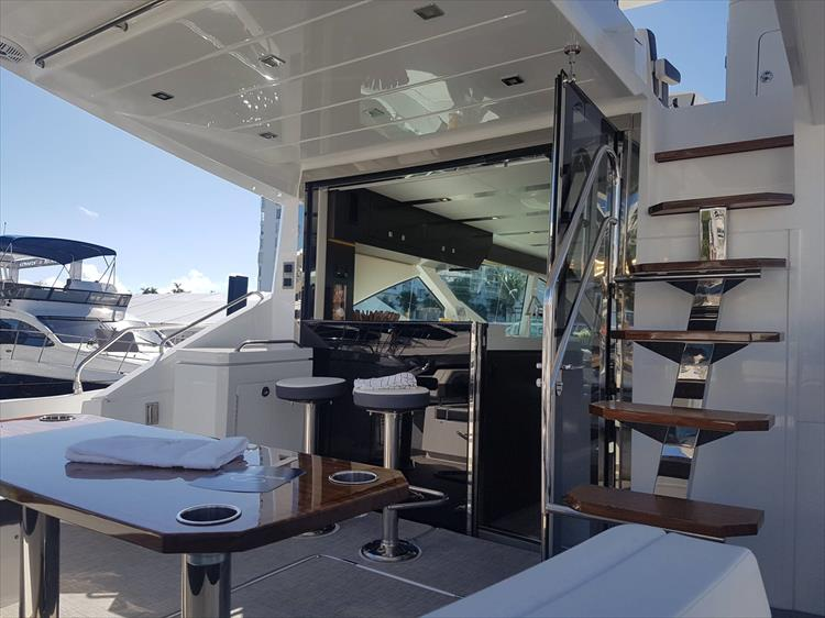 Photo 1 of 62 - 2019 Cruisers Yachts 60 Cantius FLY for sale