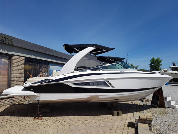 Photo 2 of 34 - 2018 Regal 2500 for sale