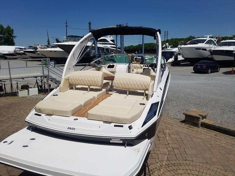 Photo 6 of 34 - 2018 Regal 2500 for sale