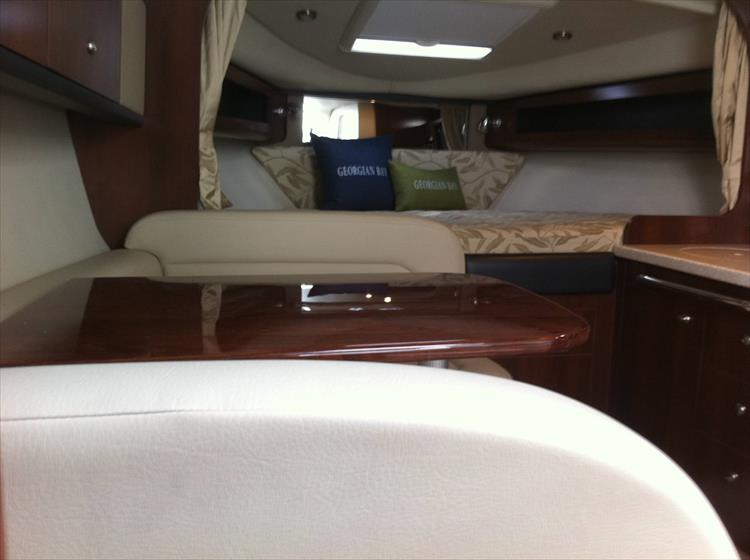 Photo 43 of 67 - 2013 Chaparral 290 Signature for sale
