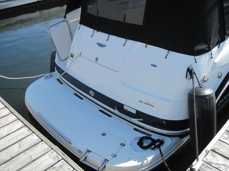 Photo 8 of 67 - 2013 Chaparral 290 Signature for sale