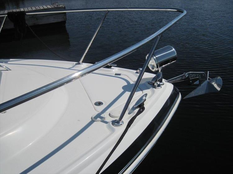 Photo 12 of 67 - 2013 Chaparral 290 Signature for sale