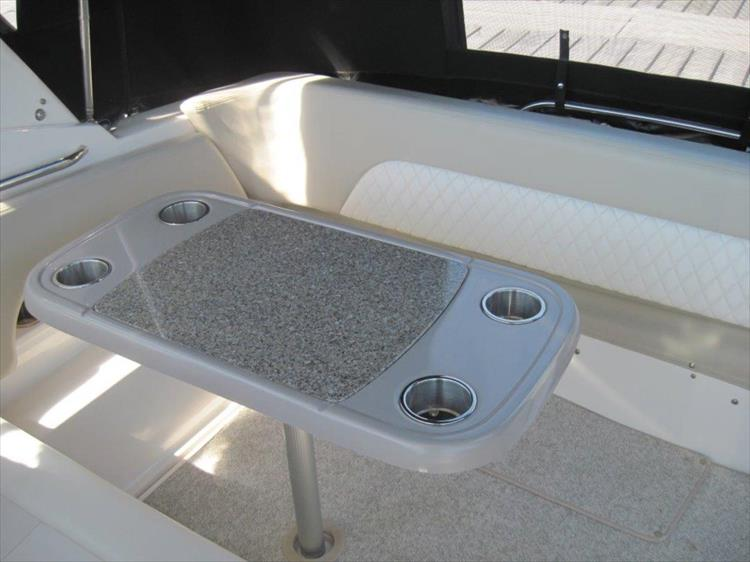 Photo 33 of 67 - 2013 Chaparral 290 Signature for sale