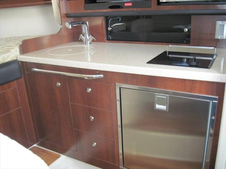 Photo 47 of 67 - 2013 Chaparral 290 Signature for sale