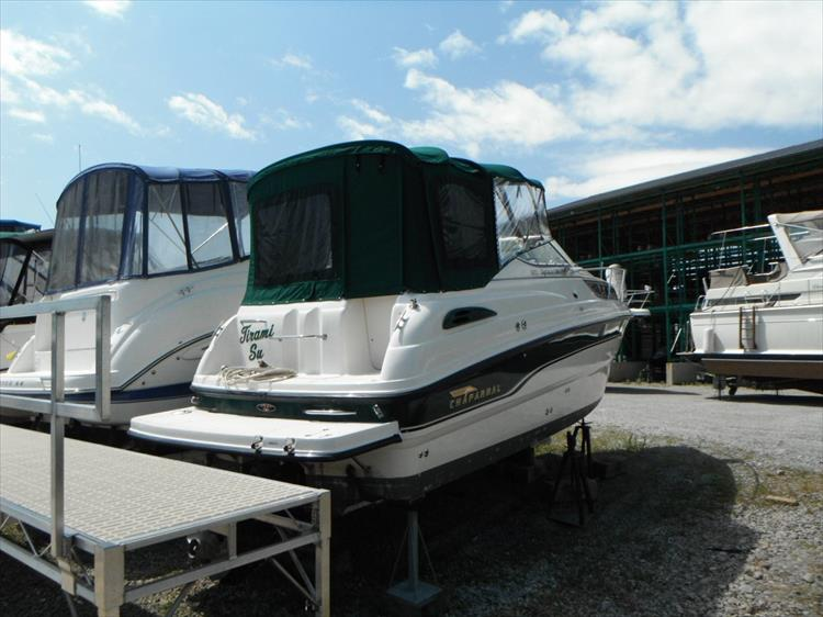 Photo 2 of 36 - 1999 Chaparral 260 Signature for sale