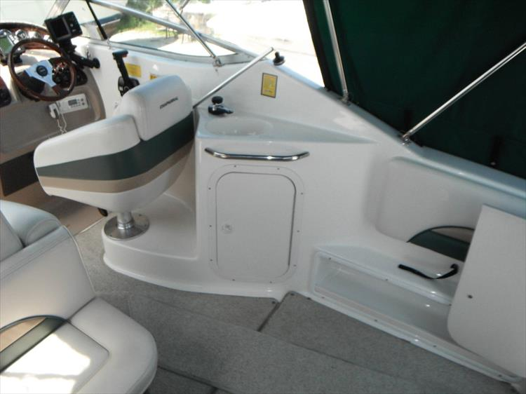 Photo 6 of 36 - 1999 Chaparral 260 Signature for sale