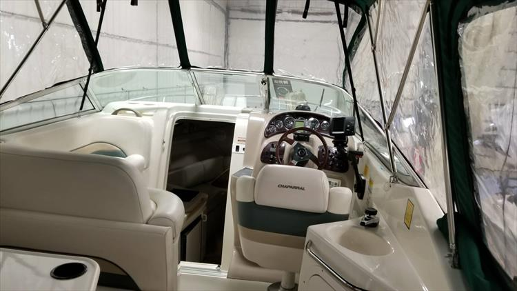 Photo 10 of 36 - 1999 Chaparral 260 Signature for sale