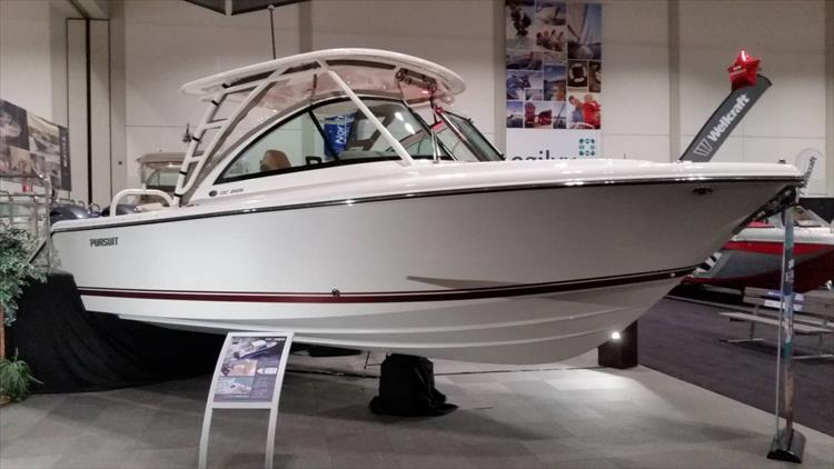 Photo 16 of 22 - 2016 Pursuit DC 265 for sale
