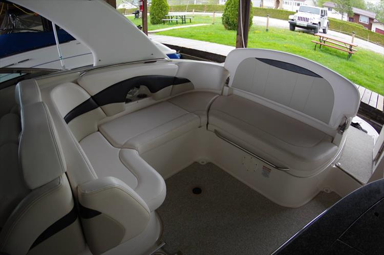 Photo 6 of 39 - 2011 Chaparral 285 SSX for sale