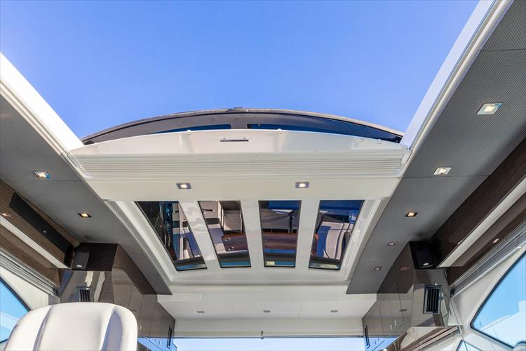 Photo 61 of 68 - 2018 Cruisers Yachts 60 Cantius for sale